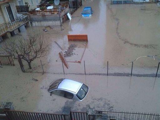 """Maltempo/Centro Italia sott'acqua, Marino: """"A Roma fenomeni eccezionali"""""""