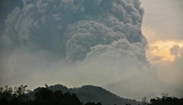 volcan-kelut-14-février-2014-2