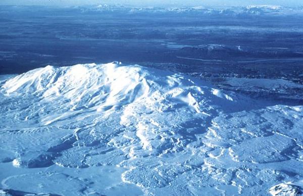 hekla_volcano_iceland_photo_oddur_sigurdsson_1977_inea